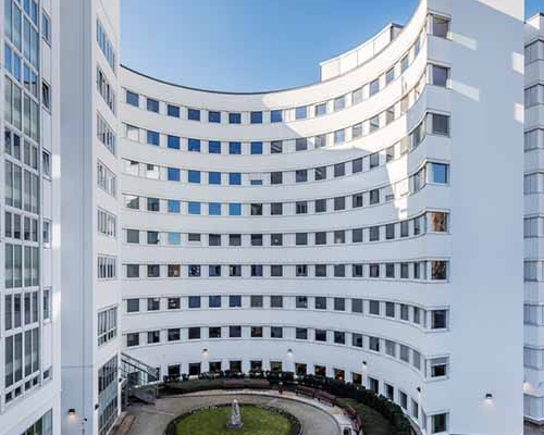 New success of Eston's tenant representation team – Hortonworks has recently extended their office lease in Central Udvar Office Building in Budapest