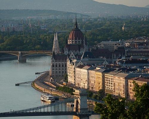 Gazdát cserélt két budapesti irodaház